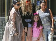 Kim Kardashian, enceinte : Stylée et accessible en famille