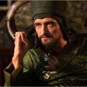 Kev Adams laisse la place au méchant Jean-Paul Rouve dans ''Aladin''