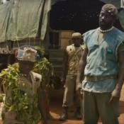 """Idris Elba sanguinaire dans le film-choc """"Beasts of No Nation"""""""