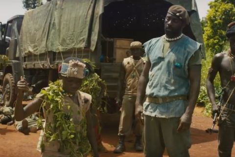 "Idris Elba sanguinaire dans le film-choc ""Beasts of No Nation"""