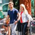 Christie Brinkley et son fils Jack font du shopping à New York, le 5 juin 2014.