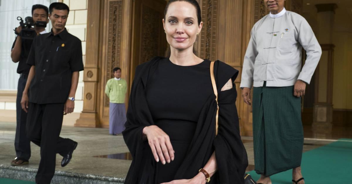 Angelina Jolie rencontre Brigitte Macron à lElysée -