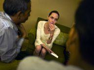 """Angelina Jolie : Avec Aung San Suu Kyi en Birmanie, une rencontre """"émouvante"""""""