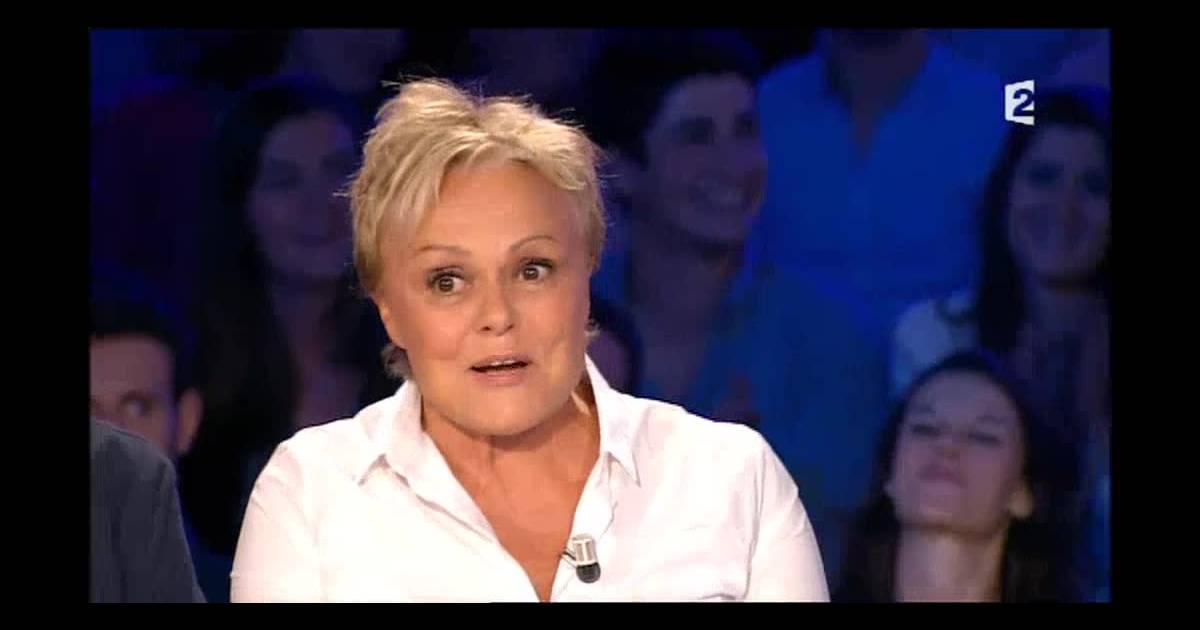 Muriel robin invit e dans on n 39 est pas couch sur france 2 raconte avoir d j t braqu e dans - Muriel robin on n est pas couche ...