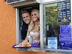 REPORTAGE PHOTOS : Quand la sublime Heidi Montag devient vendeuse chez Taco Bell !