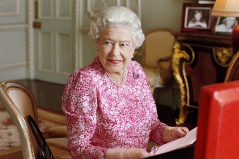Elizabeth II : Recordwoman dans toute sa splendeur, un jour (presque) ordinaire
