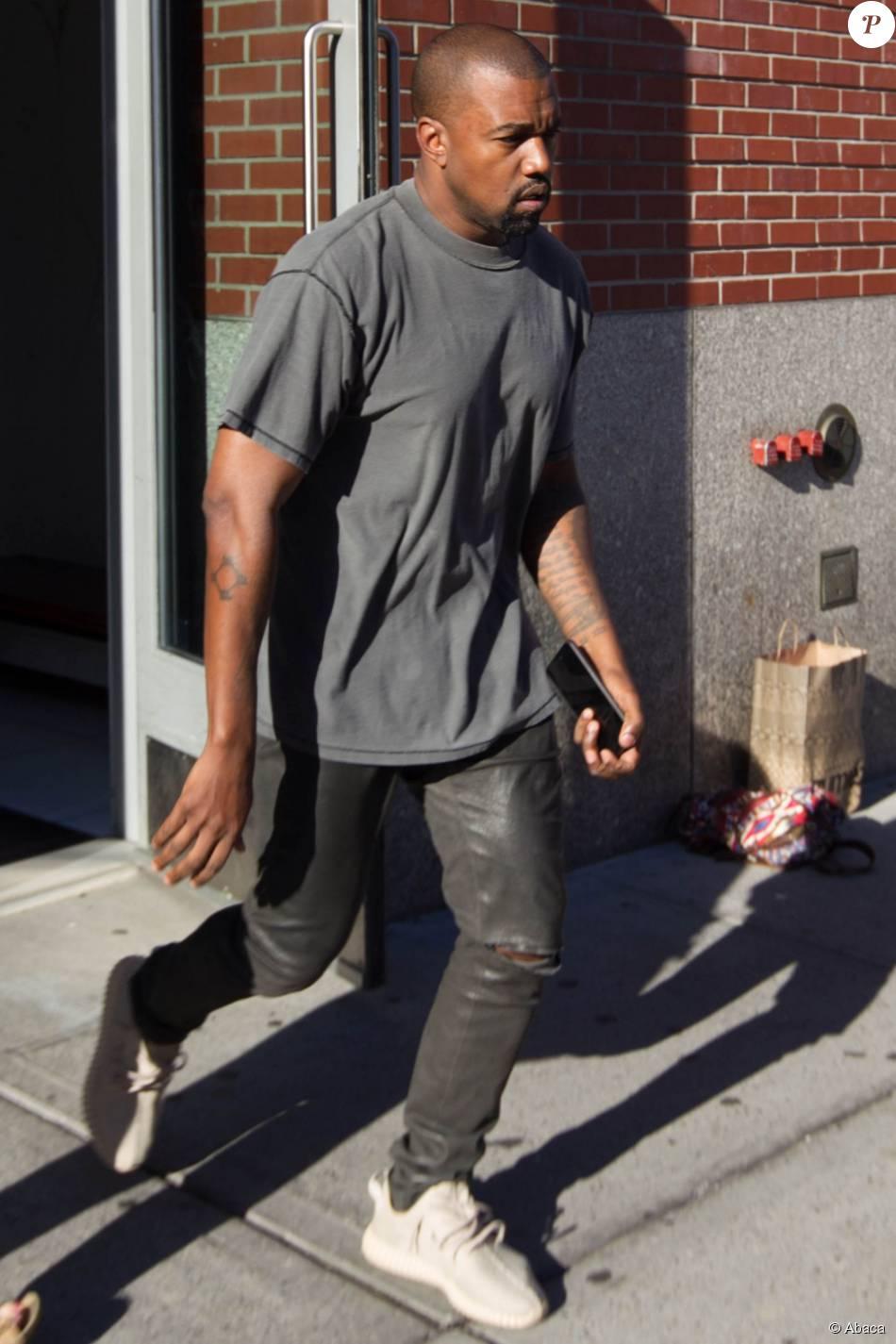 Kanye West se rend au Skylight Modern pour