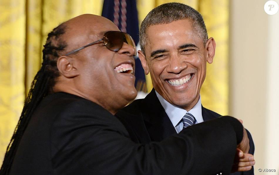 Stevie Wonder fait une prédiction qui s'accomplit dans la vie de Barack Obama