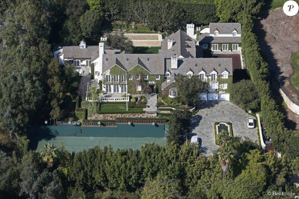 Tom cruise sa tr s chic villa en vente pour 50 millions for La maison de will smith