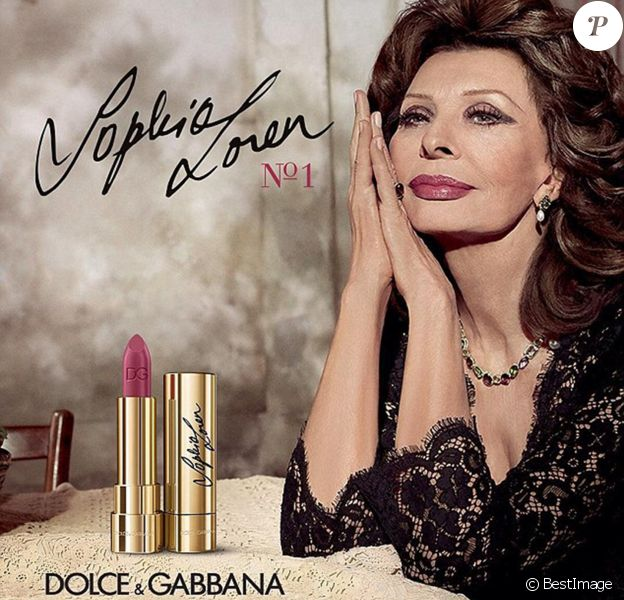 """Dolce & Gabbana ont choisi Sophia Loren pour leur rouge à lèvres hommage, """"Sophia N.1"""""""