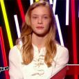Julia rejoint l'équipe de Louis Bertignac dans  The Voice Kids , le vendredi 2 octobre 2015, sur TF1.