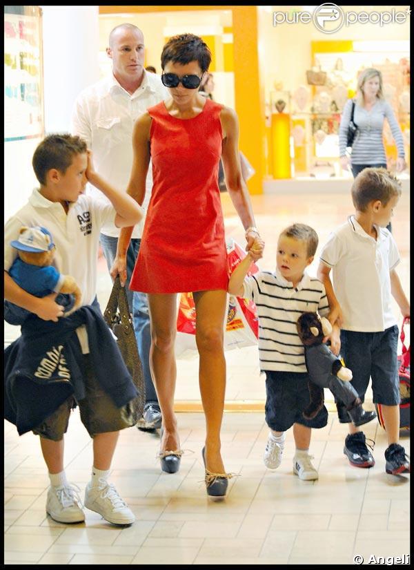 Victoria Beckham et sa tribu