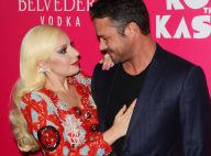 Lady Gaga récompensée devant son amoureux Taylor Kinney et son ami Tony Bennett