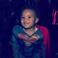 Future Zahir (19 mois), fils de Ciara et du rappeur Future, déguisé en Superman pour la soirée costumée célébrant l'anniversaire de sa maman (30 ans) au Warner Brothers Studio Tour. Burbank, le 24 octobre 2015.