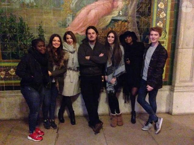 EnjoyPhoenix et ses amis avec Adil, le créateur du Manoir du Paris, le 20 octobre 2015