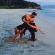 Ciara et Russell Wilson, amoureux à la plage durant leurs vacances au Mexique. Novembre 2015.