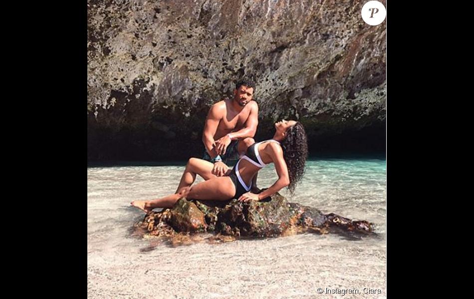 Ciara et son compagnon Russell Wilson à Cabo San Lucas, au Mexique. Novembre 2015.