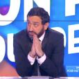 """Matthieu Delormeau déclare sa flamme à Cyril Hanouna, """"angoissé"""", dans  Touche pas à mon poste : C'est que de l'amour , le 20 novembre 2015 sur D8."""