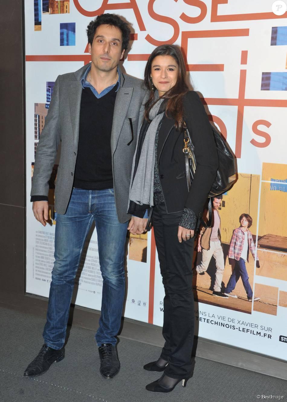 Vincent elbaz l 39 acteur de 44 ans papa d 39 un gar on purepeople - Qui est la compagne d artus ...