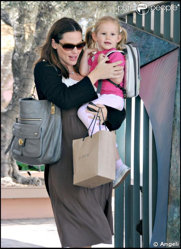 Ben Affleck et Jennifer Garner n'ont d'yeux que pour leur petite Violet