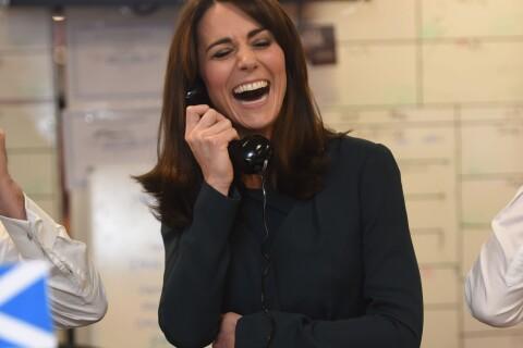 Kate Middleton : Nouvelle coupe, elle se transforme en secrétaire hilare...