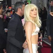 Lady Gaga : Femme de l'année aux anges au bras de son fiancé