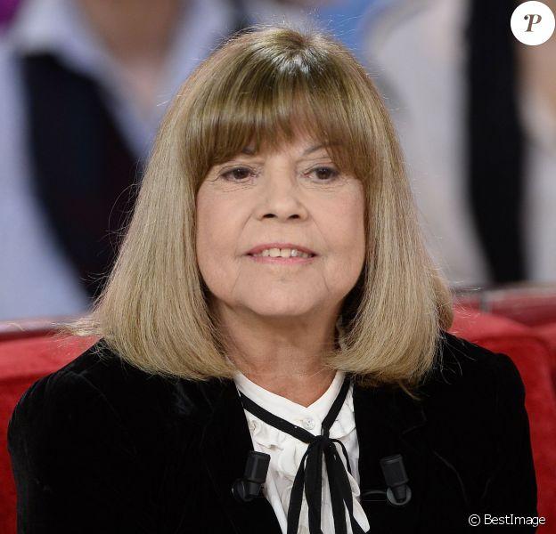 """Chantal Goya - Enregistrement de l'émission """"Vivement Dimanche"""" à Paris le 2 Décembre 2015 Coadic Guirec / Bestimage"""