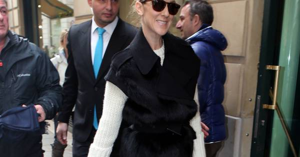 celine dion et sa famille a la sortie de leur hotel a. Black Bedroom Furniture Sets. Home Design Ideas