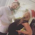 Aurélie Van Daelen très enceinte, avec son compagnon, le 25 décembre 2015 en Belgique.