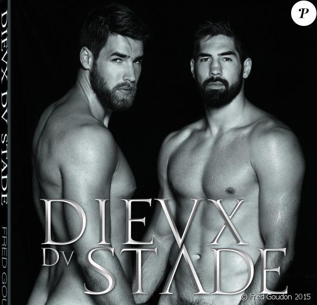 Nikola et Luka Karabatic en couverture de l'ouvrage les Dieux du stade, aux éditions teNeues