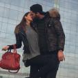 Nabilla et Thomas, amoureux, ont passé le Nouvel An en amoureux à Barcelone. Décembre 2015.