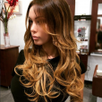 """""""Nabilla : nouvelle couleur de cheveux pour bien démarrer 2016"""""""