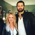 Jewel et son nouveau chéri Charlie Whitehurst avec l'acteur Robert Patrick à Austin en janvier 2016 lors d'un concert, The Leonard Cohen Experience. Photo du compte Instagram de Jewel.