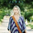 Jewel publiait en septembre 2015 son douzième album, Picking up the Pieces.