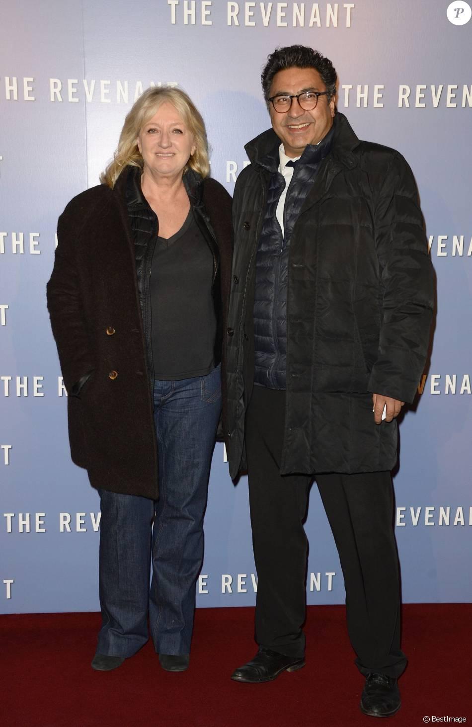 Charlotte de turckheim et son mari zaman hachemi avant premi re du film the revenant au grand - Charlotte de turckheim et son mari ...