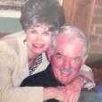 Lisa Rinna qui vient de perdre son père Frank, a publié une photo de ses parents sur sa page Instagram, le 22 janvier 2016.