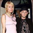 Paris Hilton et son homme Benji Madden, à la sortie d'un club