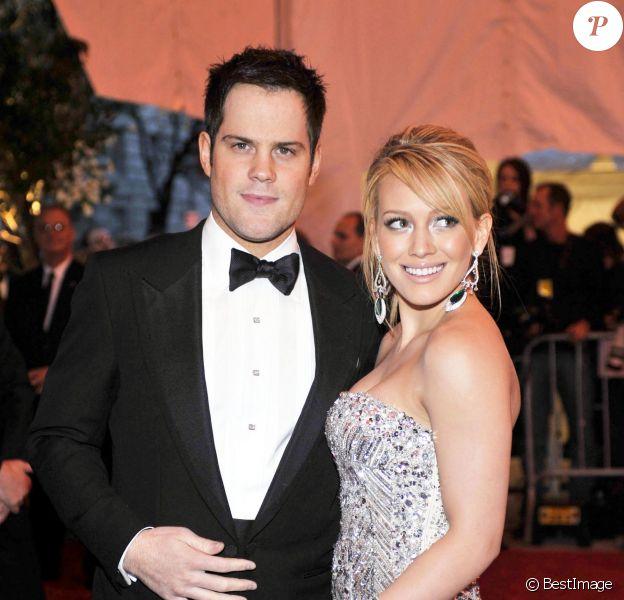 Hilary Duff et son mari Mike Comrie à la soirée de gala au Metropolitan Museum de New York, le 5 mai 2008
