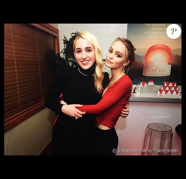 Harley Quinn Smith et Lily-Rose Depp (photo postée le 24 janvier 2016).