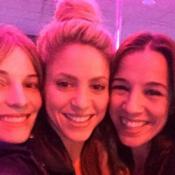 Shakira fête ses 39 ans: La star s'éclate au bowling avec ses amies et son chéri