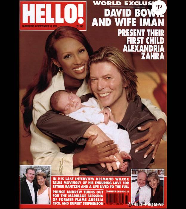 David Bowie et sa femme Iman en couverture de l'hebdomadaire Hello! en 2000 après la naissance de leur fille Alexandria (Lexi).