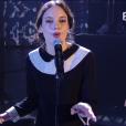 """Jain interprète """"Come"""" - Victoires de la musique au Zénith de Paris, le 12 février 2016."""