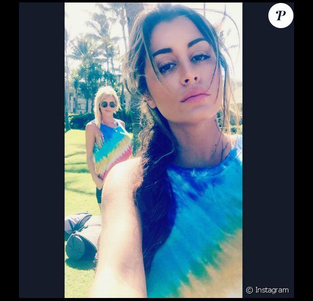 Anais Camizuli : En compagnie d'Amélie Neten à Hawaï