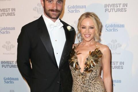 Kylie Minogue et le jeune Joshua Sasse fiancés ? Une bague éveille les soupçons