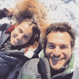 Amir (The Voice) et sa superbe épouse Lital : au ski, ils rayonnent !