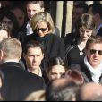 Benjamin Biolay, Claire Chazal, Marc-Olivier Fogiel et Benjamin Castaldi aux obsèques de Guillaume Depardieu