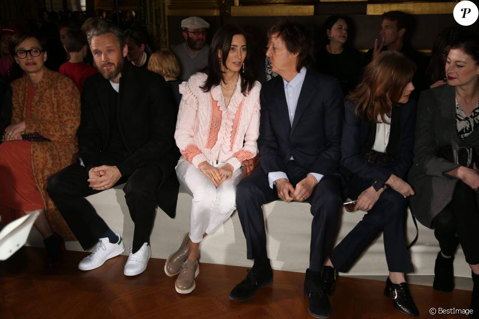 kristin scott thomas alasdhair willis sir paul mccartney et sa femme nancy shevell people au. Black Bedroom Furniture Sets. Home Design Ideas