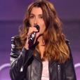 La chanteuse Jenifer, sublime en total look Saint Laurent Paris pour L'Espionne -  The Voice Kids  saison 2, la finale. Vendredi 23 octobre, sur TF1.