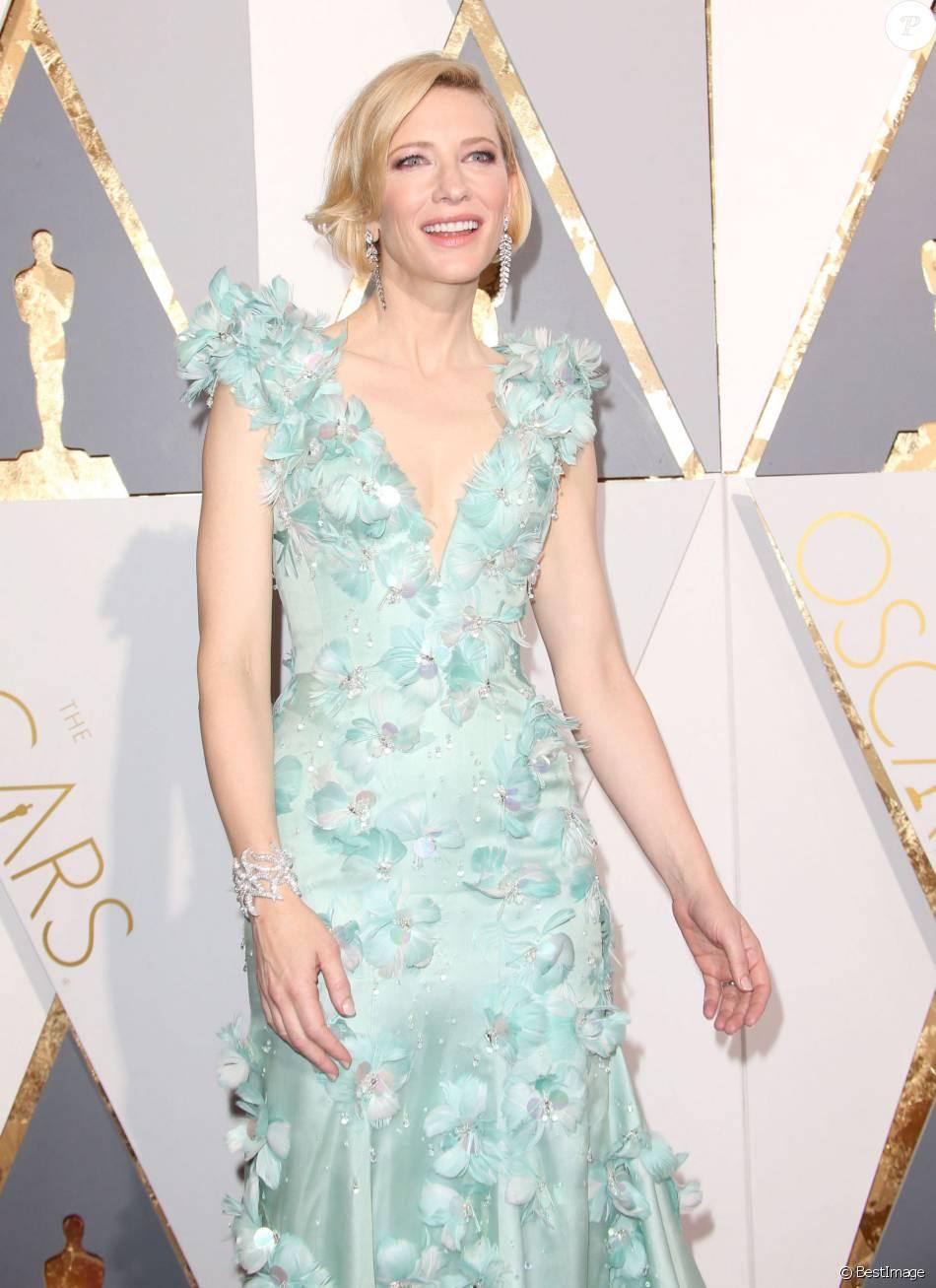 Cate Blanchett - Arrivées à la 88e cérémonie des Oscars à Los Angeles le 28 février 2016.