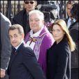 """""""Nicolas Sarkozy et Carla Bruni-Sarkozy aux obsèques de soeur Emmanuelle à Notre-Dame-Paris"""""""